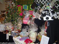 craft-show-table-2-dec-2007.jpg